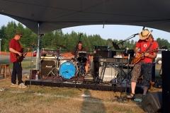 Dunrobin band WEB