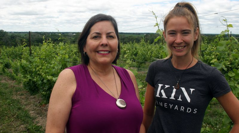La Vida Local owner Ruth McKlusky and KIN Vineyard Retail Manager and Sommelier Mélanie Hotte