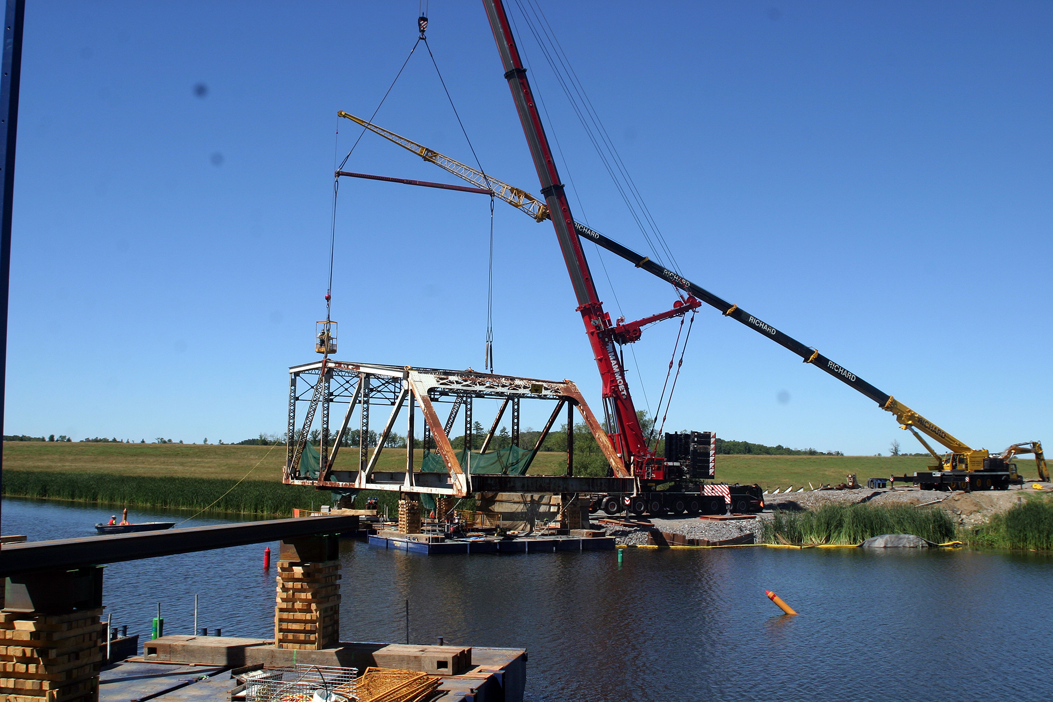 The new bridge is expected to be completed in the fall of 2019. Photo by Jake Davies