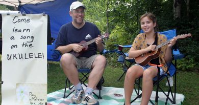 The Constance Bay Community Market kicks off this Saturday. Last year, Payton Muis, 11, offered ukelele lessons at her booth. Photo by Jake Davies