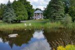 Windsong Manor Bed & Breakfast