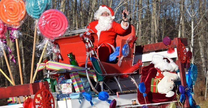 The jolly big red guy will be in Constance Bay this Saturday looking at his list and checking it twice. Photo submitted