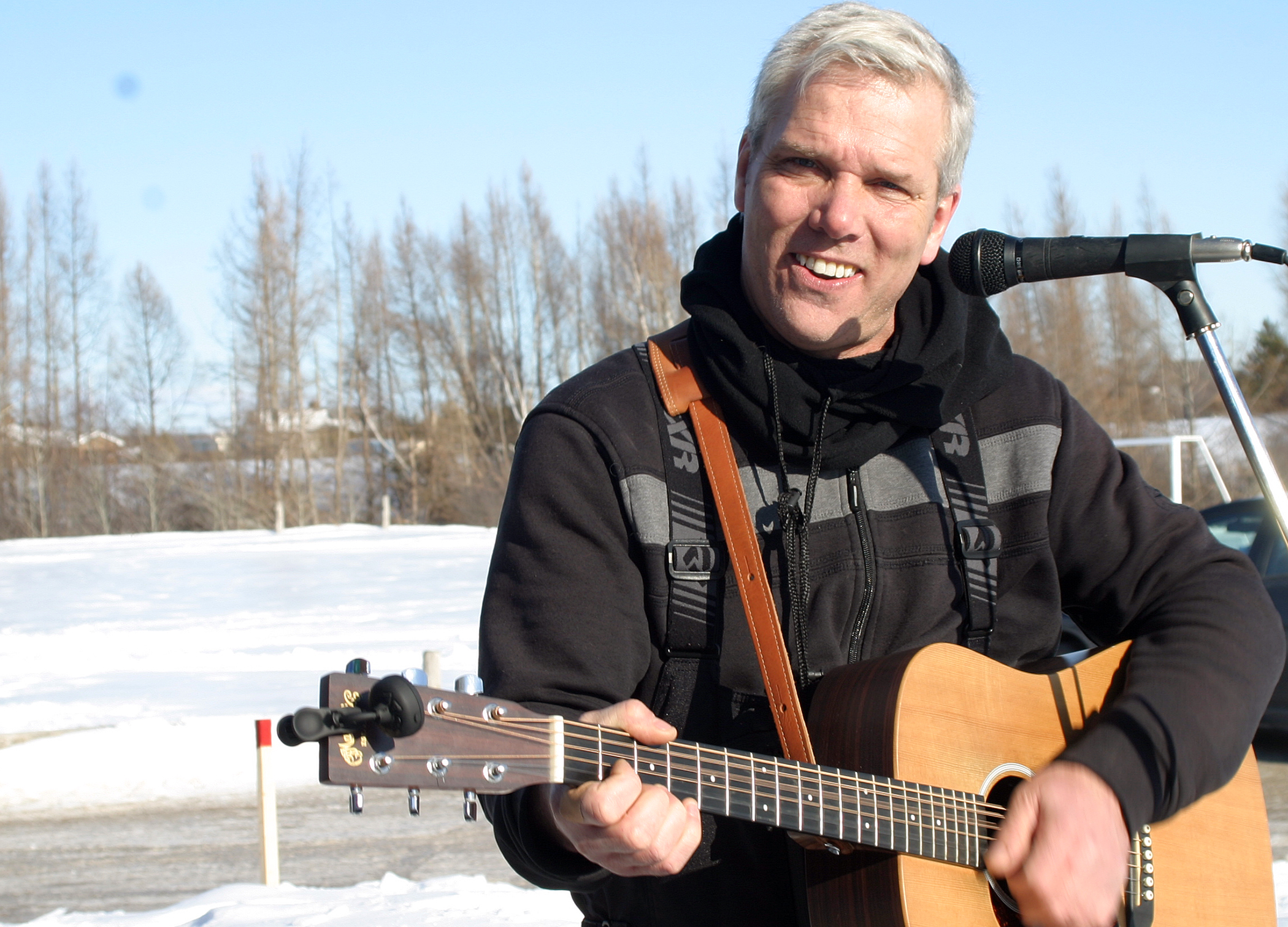 WCDR co-chair and DCA President Greg Patacairk broke out the guitar and rocked the ODR. Photo by Jake Davies