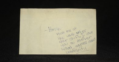 This note was found taped to a fake window in the Diefenbunker during its operational time. Courtesy Diefenbunker Cold War Museum