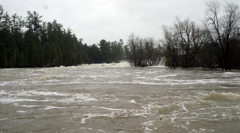 The MVCA expects flows may rise this weekend but no flooding should occur. Photo by Jake Davies