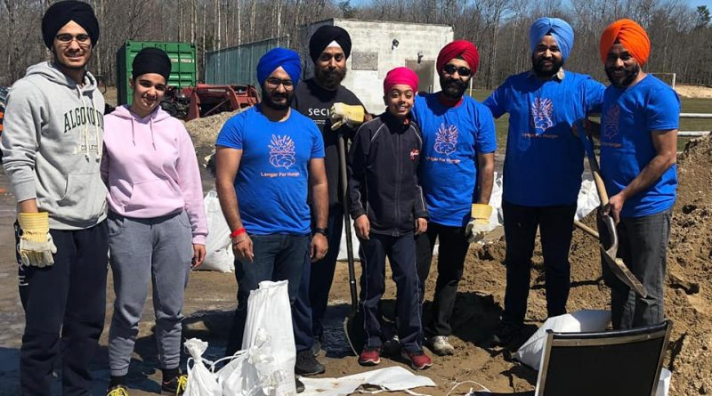 The Langar for Hunger team was back in West Carleton yesterday volunteering with flood relief efforts. Courtesy Langar for Hunger