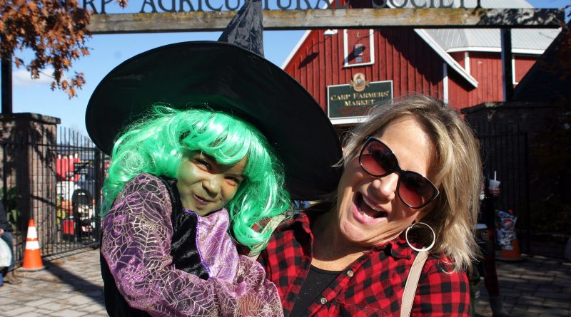 Jennifer Hanson and her spooky grandaughter Amari, 3, are just about to head in to the Carp Farmers' Market Saturday morning. Photo by Jake Davies
