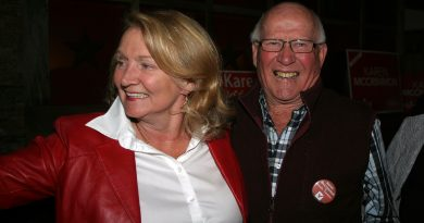 Liberal MP Karen McCrimmon celebrates her election victory with supporter Kinburn's Jack Shaw. Photo by Jake Davies