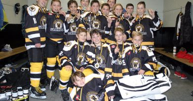 The Warriors peewee A team poses for a photo after winning their home tournament last weekend. Photo by Jake Davies