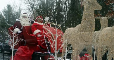 The guests of honour, Santa and Mrs. Claus braved the rain and had a jolly old time. Photo by Jake Davies