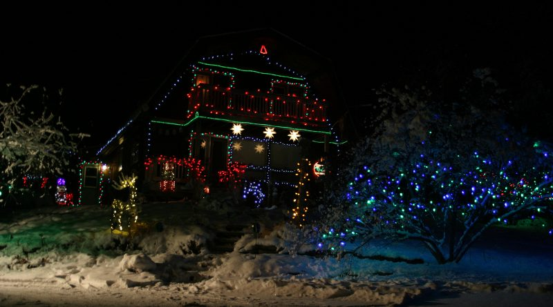 Karen Runtz's Kinburn home is a popular spot for Christmas light tourists. Photo by Jake Davies
