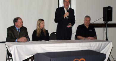 From left, Softball Canada CEO Hugh Mitchener, Alterna Savings manager of sponsorship and events Madelyn Becotte, Mayor Jim Watson and tournament committee chair Shawn Williams announce the national championship at a media event last February. Photo by Jake Davies
