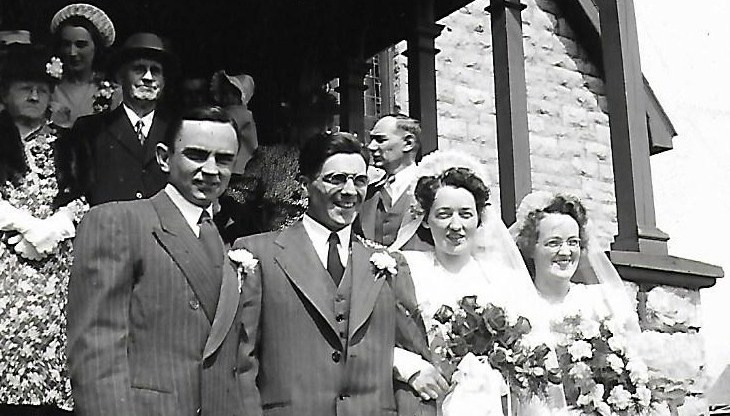 Mervyn and Emily on their wedding day in 1947. Mervyn's best man, far left, was Jack Sadler of Fitzroy Harbour, and Emily's maid of honour, far right, was her sister Helen Wilson of Woodlawn. Courtesy Janice Tripp