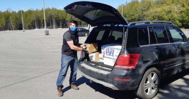 Chris McDonald is ready to safely deliver another order from West Lake Market. Courtesy West Lake Market