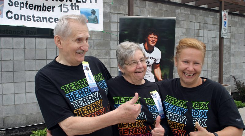 Bob, Linda and Mila Dolezalova celebrate a successful 2019 Terry Fox Run. Photo by Jake Davies