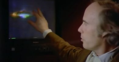 UFO researcher Bob Oechsler views the Guardian's alien landing tape in an Unsovled Mysteries episode from 1992. Screengrab