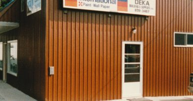 A photo of the original DEKA Home Building Centre in Carp taken in 1985. Courtesy Scott Langstaff
