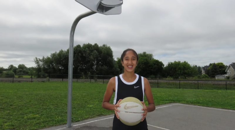 Young Ottawa basketball star Simran Sarai will be hosting youth basketball camps in Carp each remaining week in August. Courtesy Simran Sarai