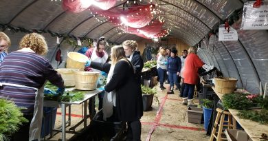 People take part in the Carp Garden Centre Christmas Workshop.