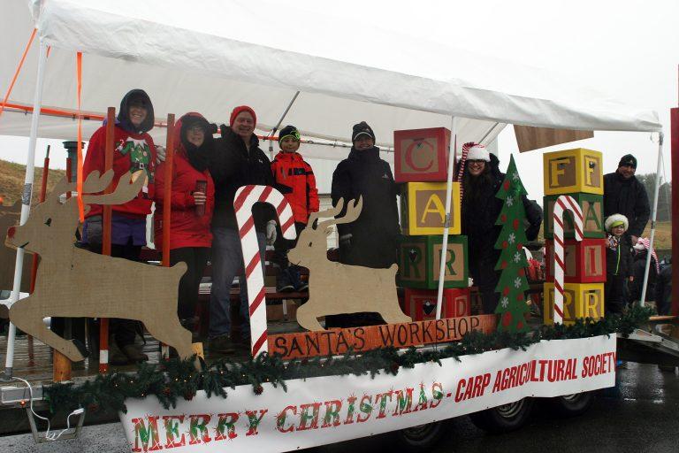Carp Santa parade a stationary go