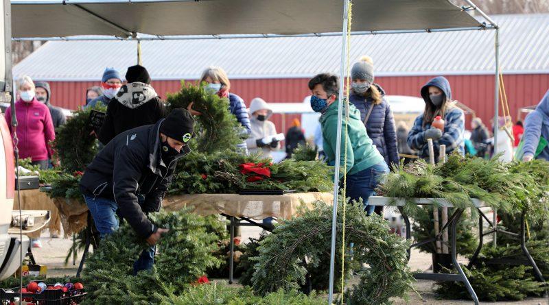 The Carp Farmers' Market had that Christmas feel last Saturday as it wrapped up its 30th season.