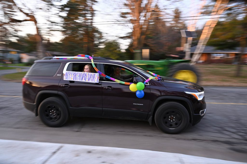 A car with a birthday message for Dave.