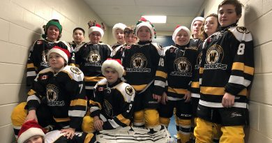 A photo of the West Carleton Warriors.