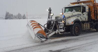A City of Ottawa plow truck hard at work.