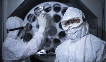Ottawa Hospital scientists at work.