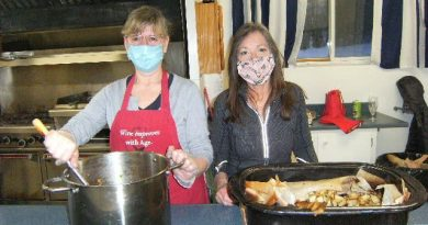 Legion volunteers Sue Johnson and Anita Kamps work on roast park dinner on Feb. 26 for Branch 616 Meals to Wheels program. Courtesy Branch 616