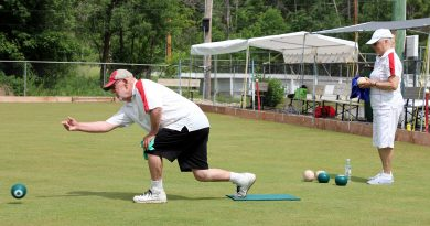 Galetta lawnbowler David Jefferies takes his bowl while club president Patricia Rose readies her shot. Photo by Jake Davies