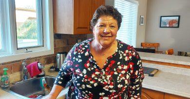 A photo of Linda Mulligan.