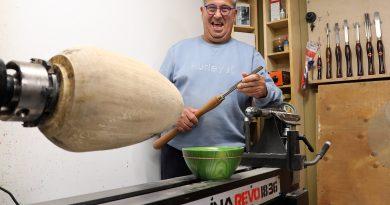 A photo of woodturn Robert Peladeau.
